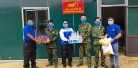 Chiến dịch Hoa phượng đỏ đã và đang góp phần làm nên một mùa hè tình nguyện sôi nổi ở huyện vùng núi cao Tây Giang.